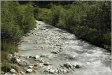 Fig. 3 -Présence de blocs en rivière de montagne.